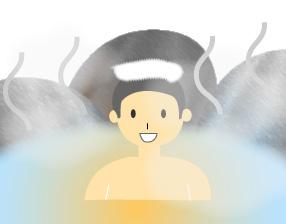露天風呂でくつろぐタオルを頭に乗せた少年