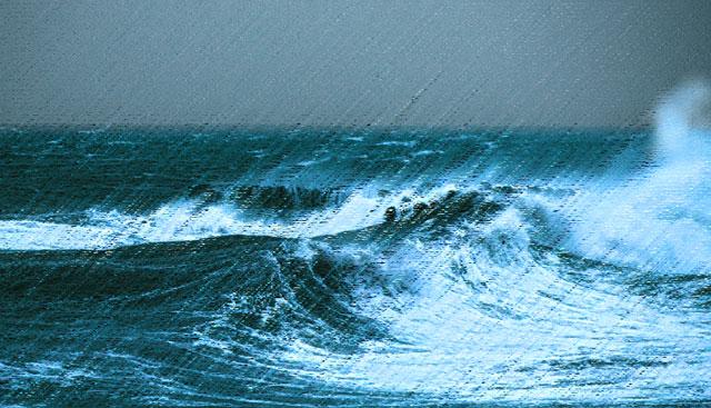 台風による暴風雨と荒波