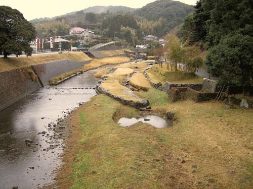 川と山と町のの拡大写真