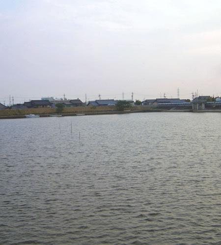 川と空と町のの拡大写真