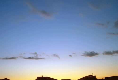 夕暮れの空の拡大写真